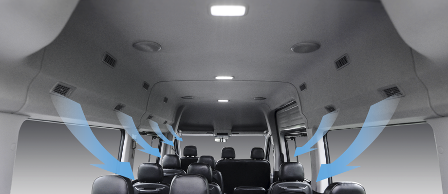 Hệ thống điều hòa : Các cửa gió điều hòa bố trí phù hợp đến từng vị trí ghế ngồi.