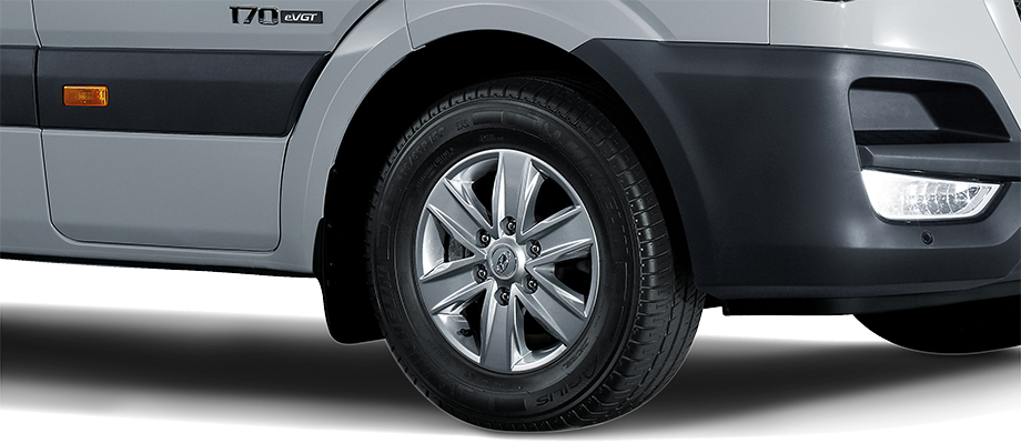 Lốp Michelin Được nhập khẩu từ Châu Âu, 235/65R16 mâm thép hợp kim (tiêu chuẩn).