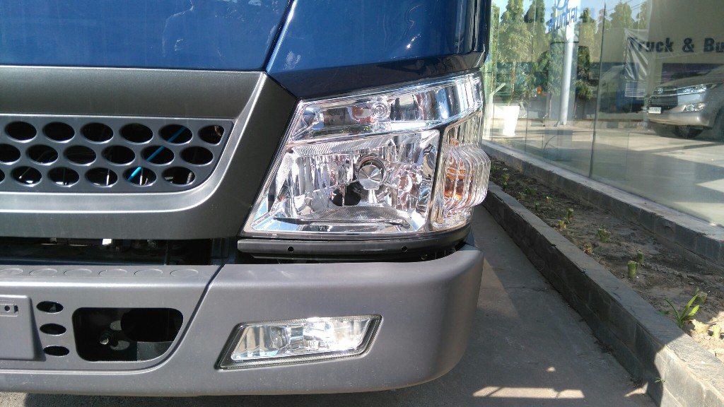 den-pha-iz49 Xe tải Hyundai: Xe tải Đô Thành IZ49 2,5 tấn | Hyundai Bình Chánh