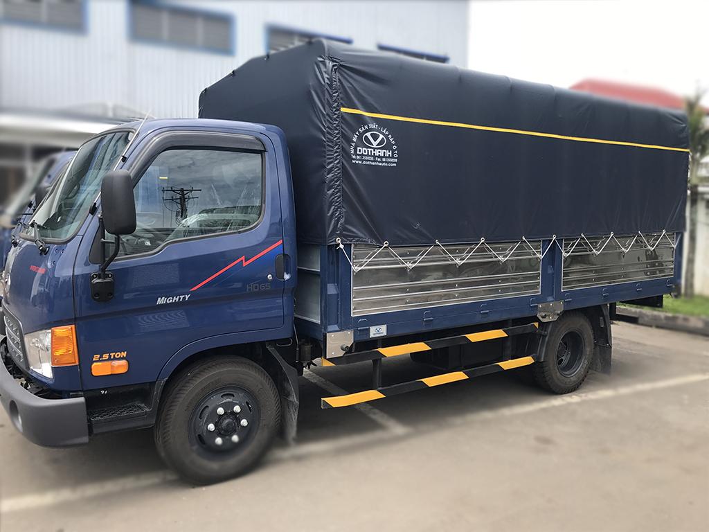 hyundai-hd65-17tan Báo giá xe tải Hyundai HD65 1,75 tấn thùng mui bạt vào thành phố | Hyundai Bình Chánh