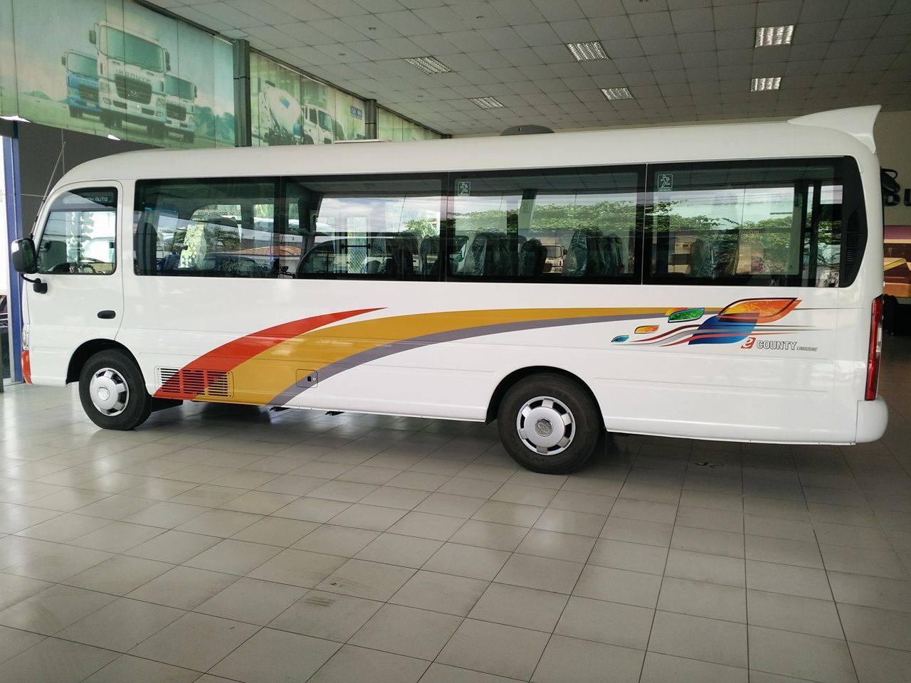 xe-khach-29-cho-hyundai Báo giá xe khách 29 chỗ Hyundai Cuonty XL thân dài nhập khẩu 3 cục Đô Thành | Hyundai Bình Chánh
