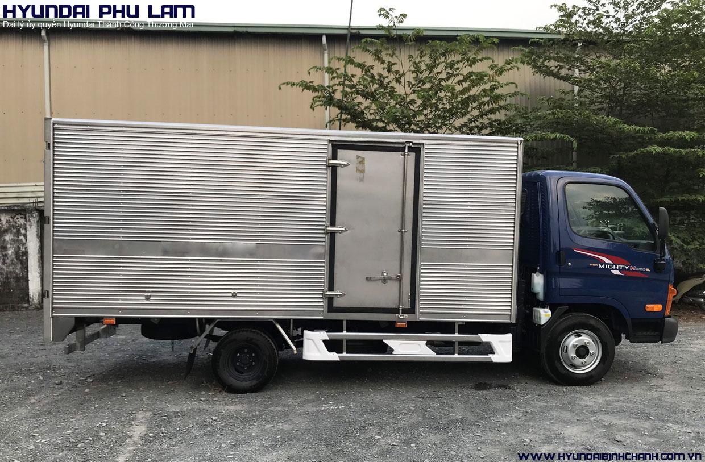Mighty-n250sl-thung-kin Giá xe N250SL Hyundai thùng dài 4m3 tải trọng 2T4 mới nhất | Hyundai Phú Lâm