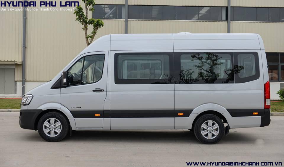 hyundai-solati-16-cho So sánh Hyundai Solati đối thủ với Ford Transit trong phân khúc 16 chổ  | Hyundai Phú Lâm