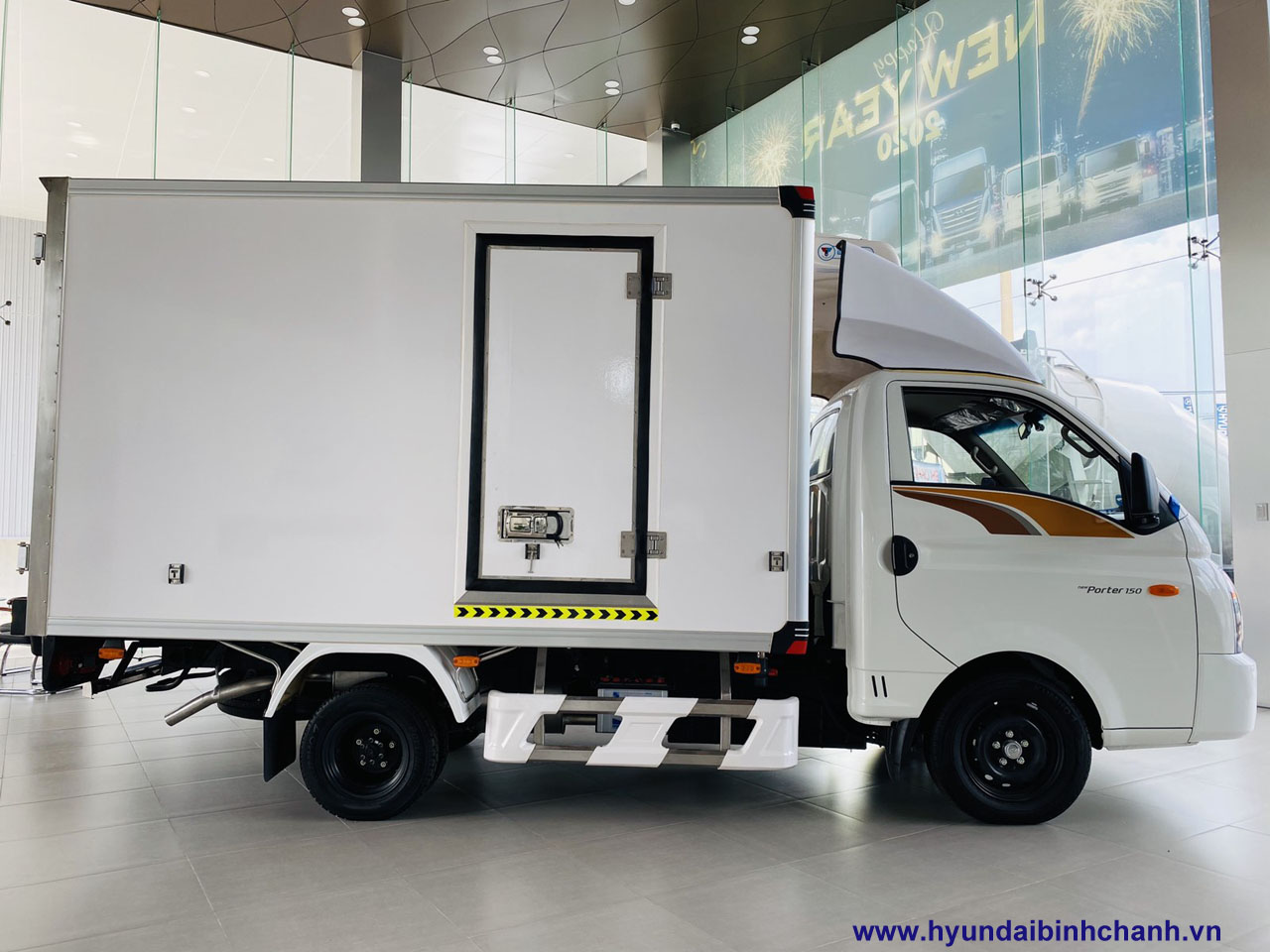 hyundai-h150-dong-lanh-02 Hyundai H150 đông lạnh xe tải đông lạnh 1t2 tốt nhất phân khúc | Hyundai Phú Lâm