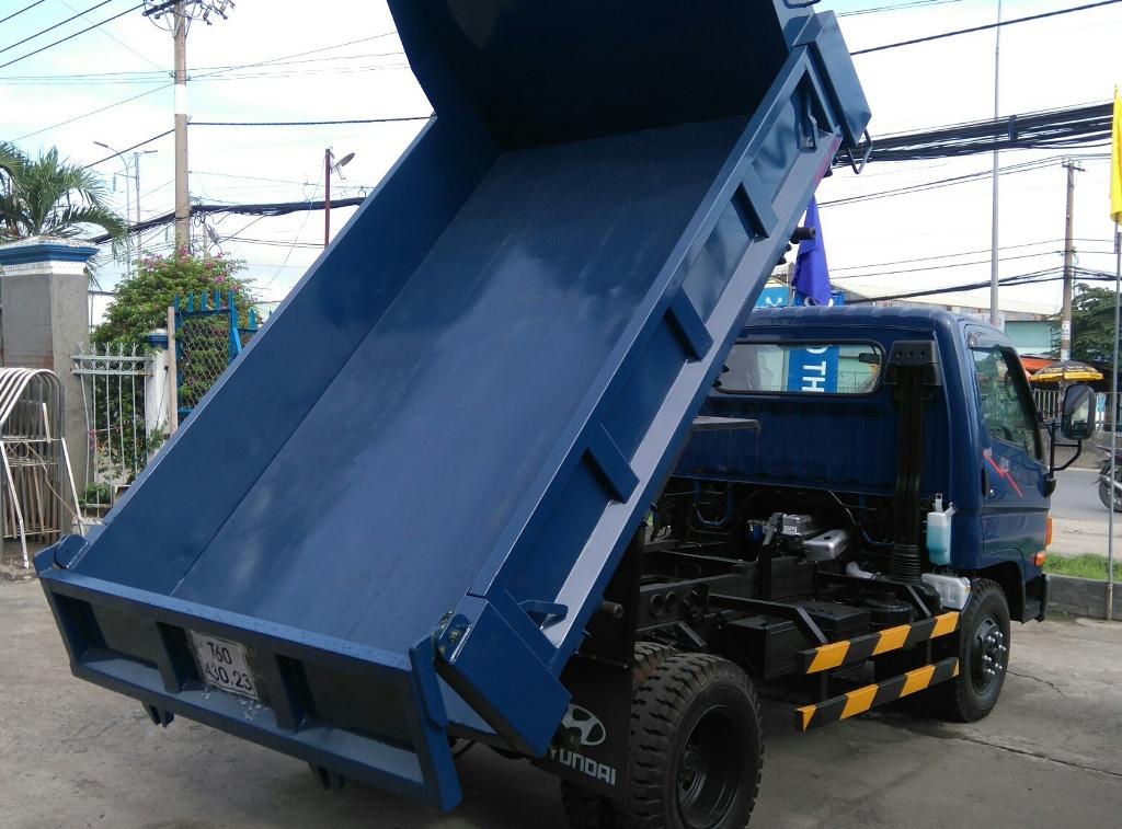 xe-ben-hyundai-hd65-vao-thanh-pho-5.jpg